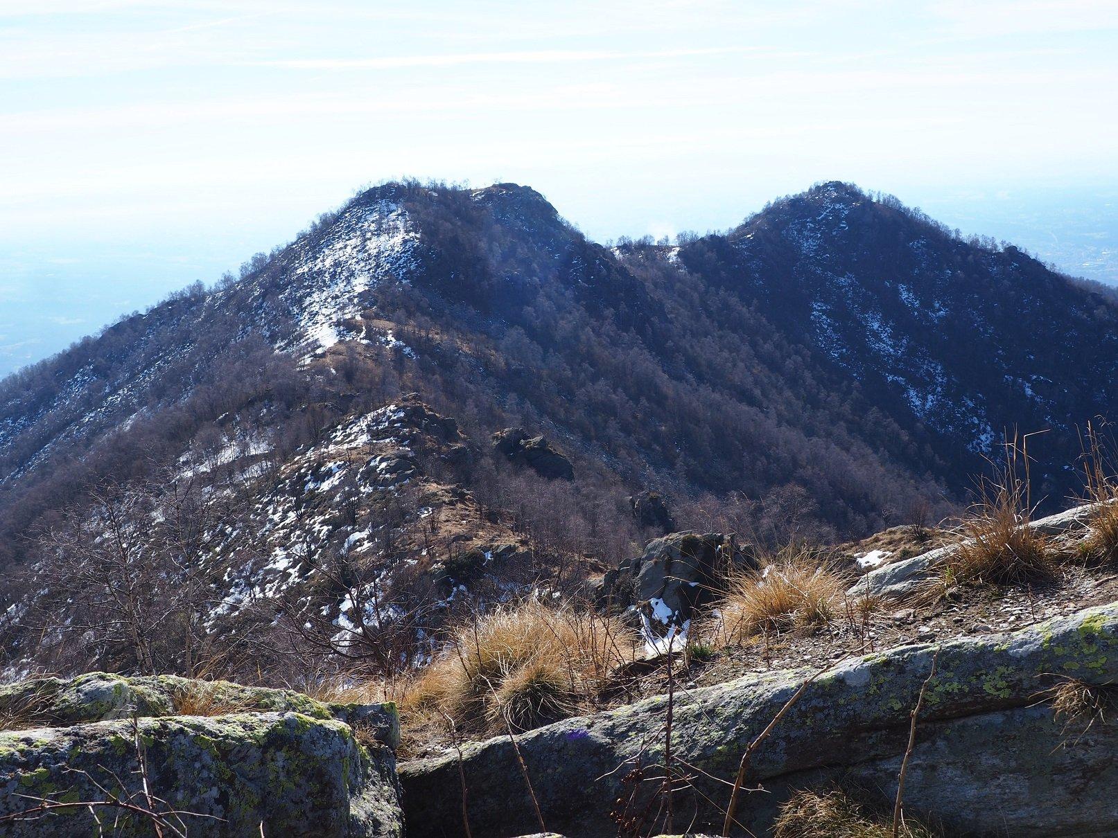 Bric Castello e Rocca Rubat da P.ta Prarosso.