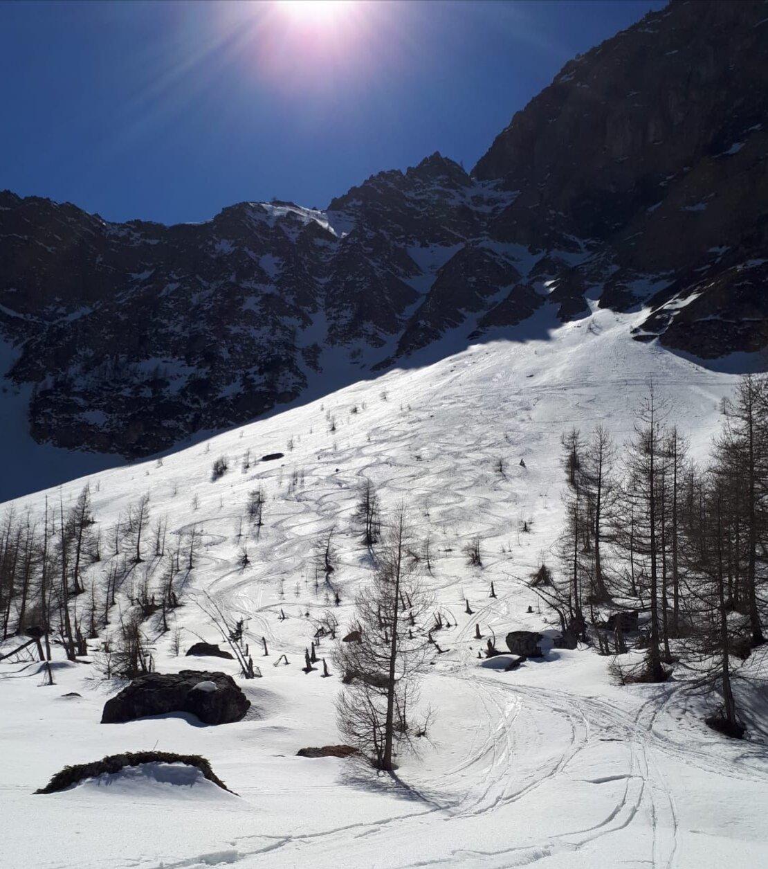 Enchiausa, Feuillas, Boeuf (Colli) da Chialvetta, giro dell'Oronaye 2019-03-17