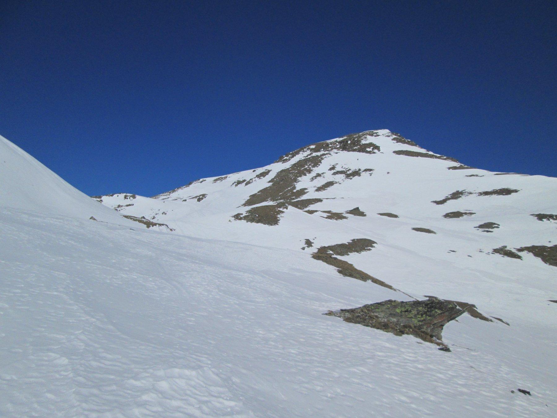 rocce affioranti, poca neve