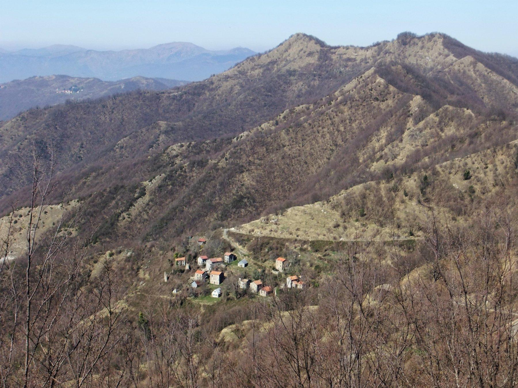 Noci ed il Monte Bano dalla Costa Carmaiola