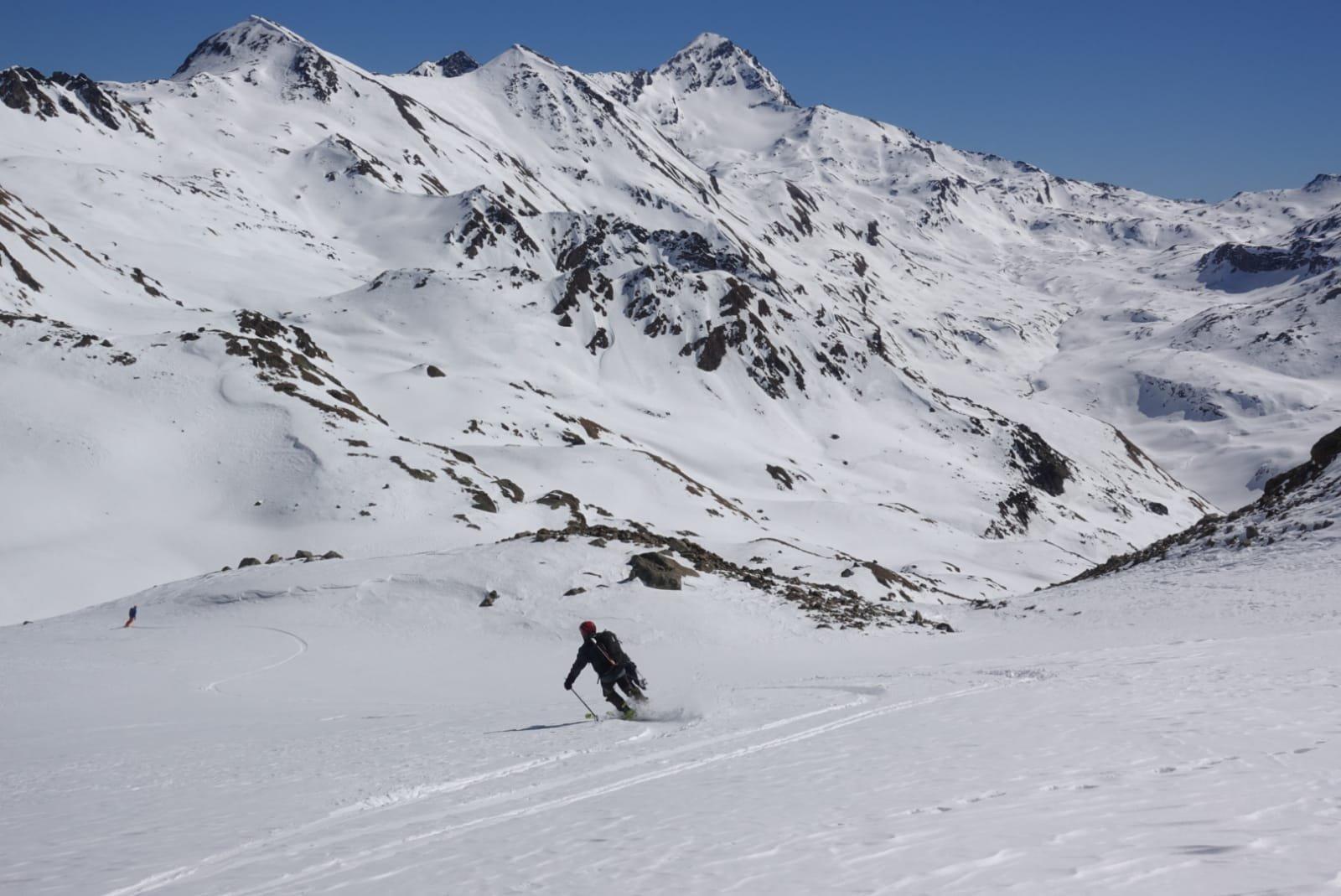 Bella neve con la Tersiva in lontananza