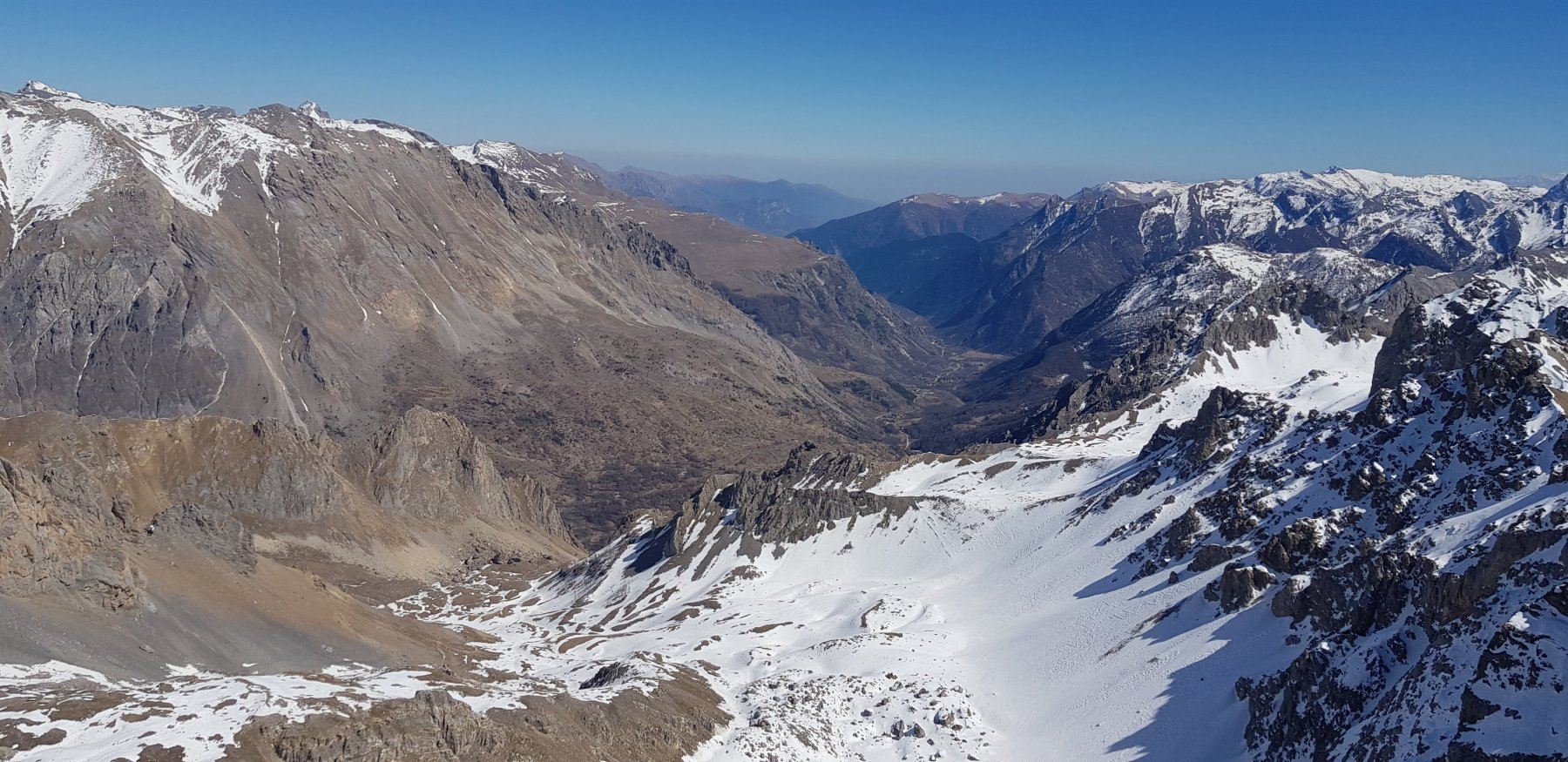 Uno sguardo sulla valle Maira