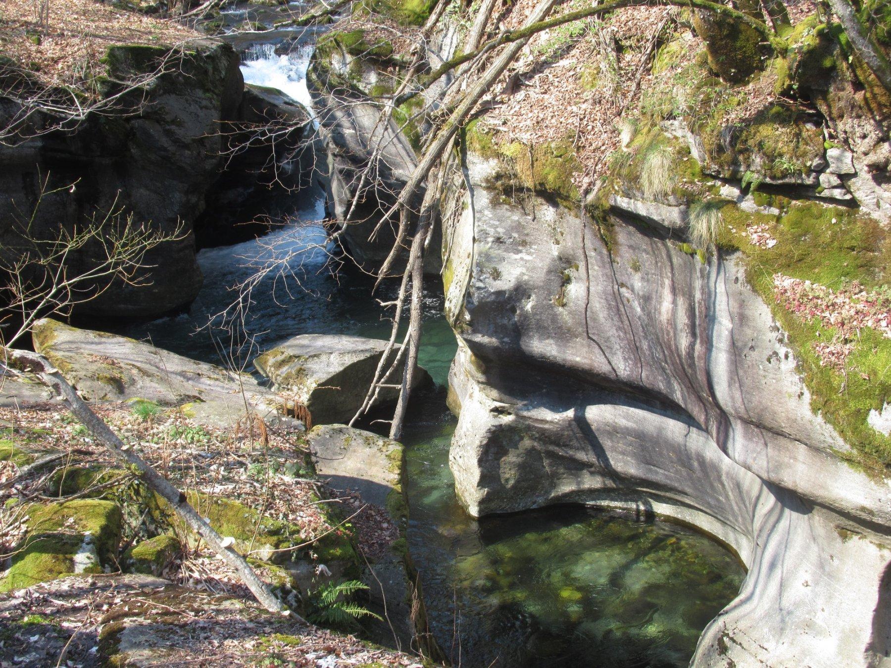 Marmitte dei Giganti al Ponte della Baulina
