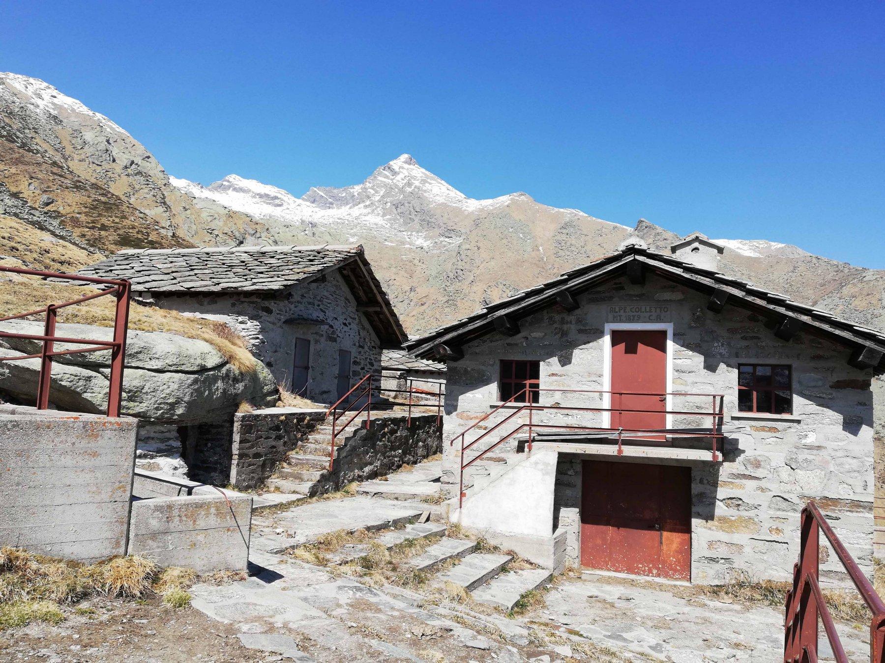 Alpe Colletto 1879 m.