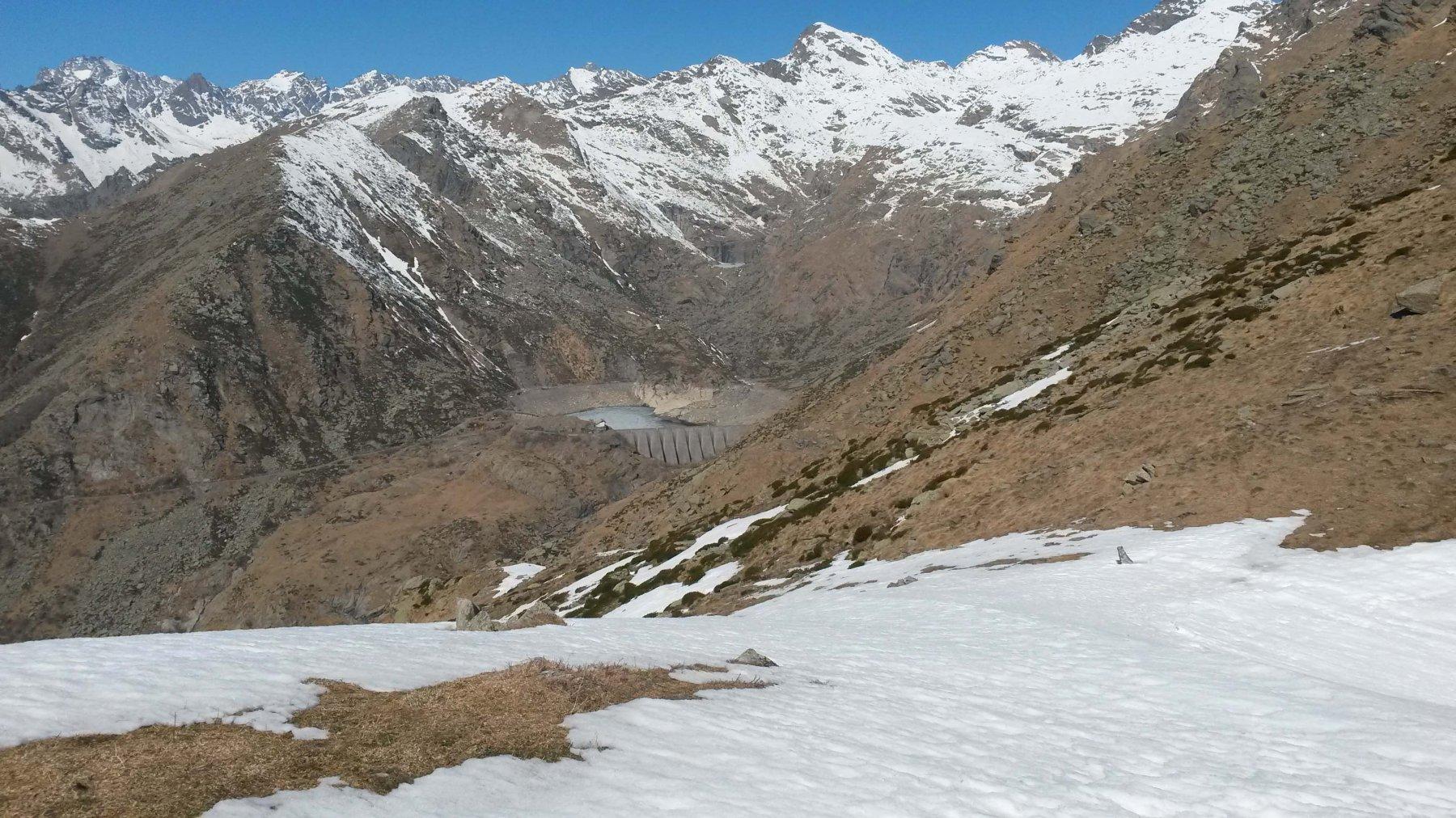 Colle Oreggi 2180 m. e il lago d'Eugio