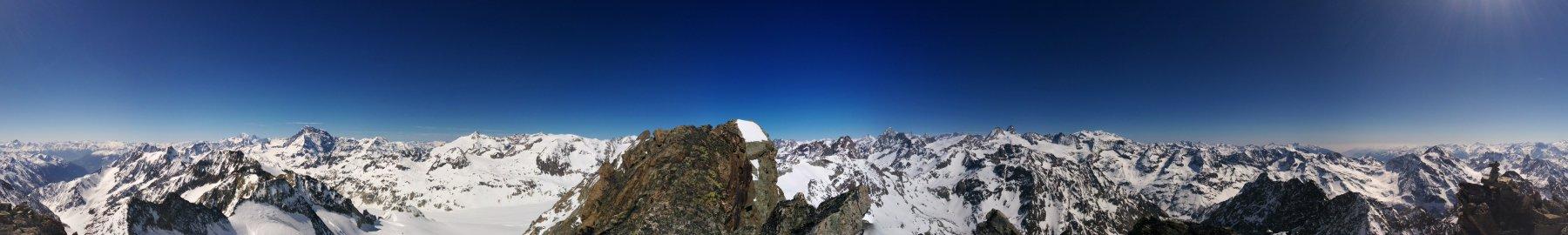 Dalla cima sulla Vallèe