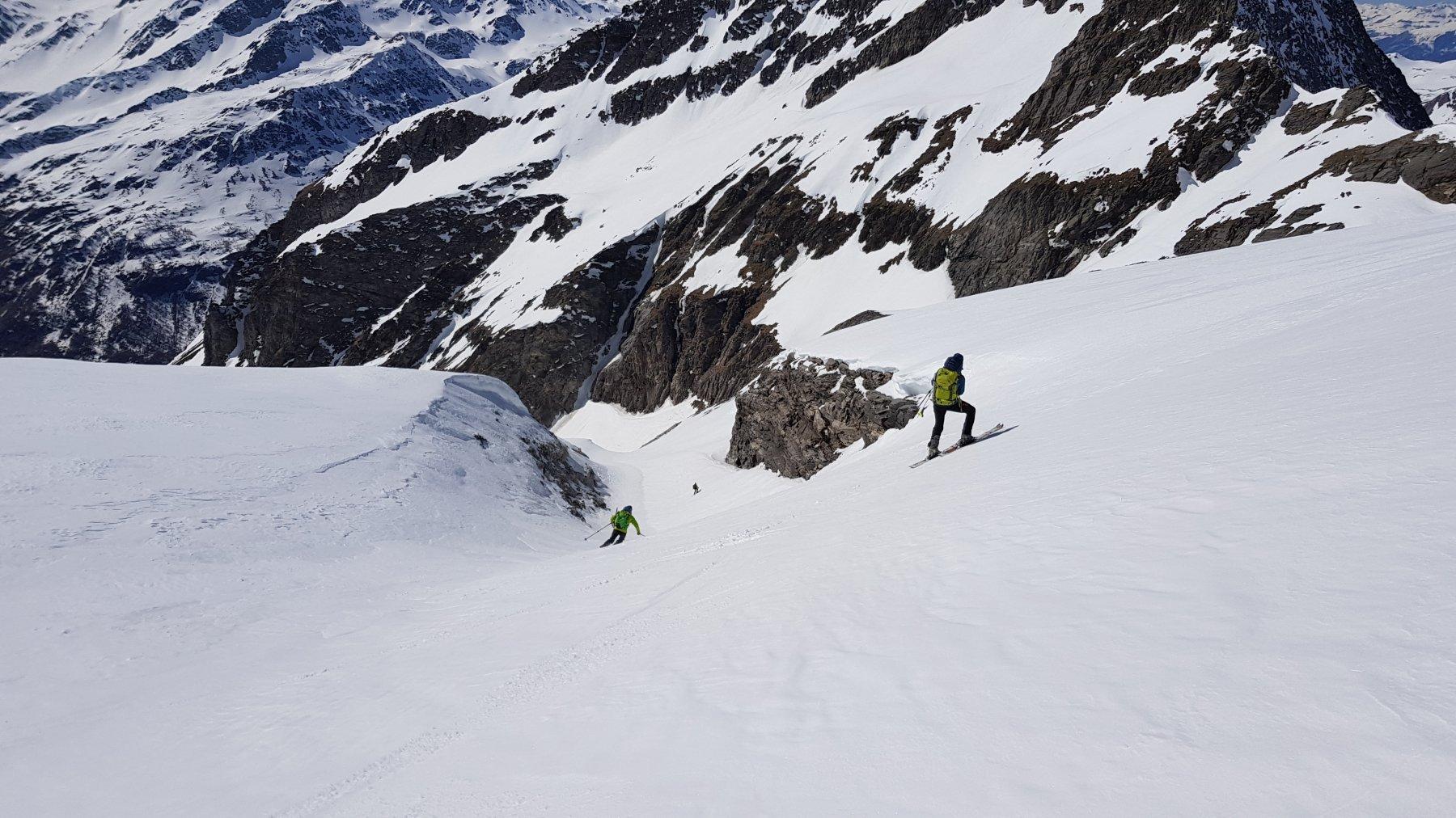 Un divertente canalino lungo la discesa (intorno ai 2900 mt)
