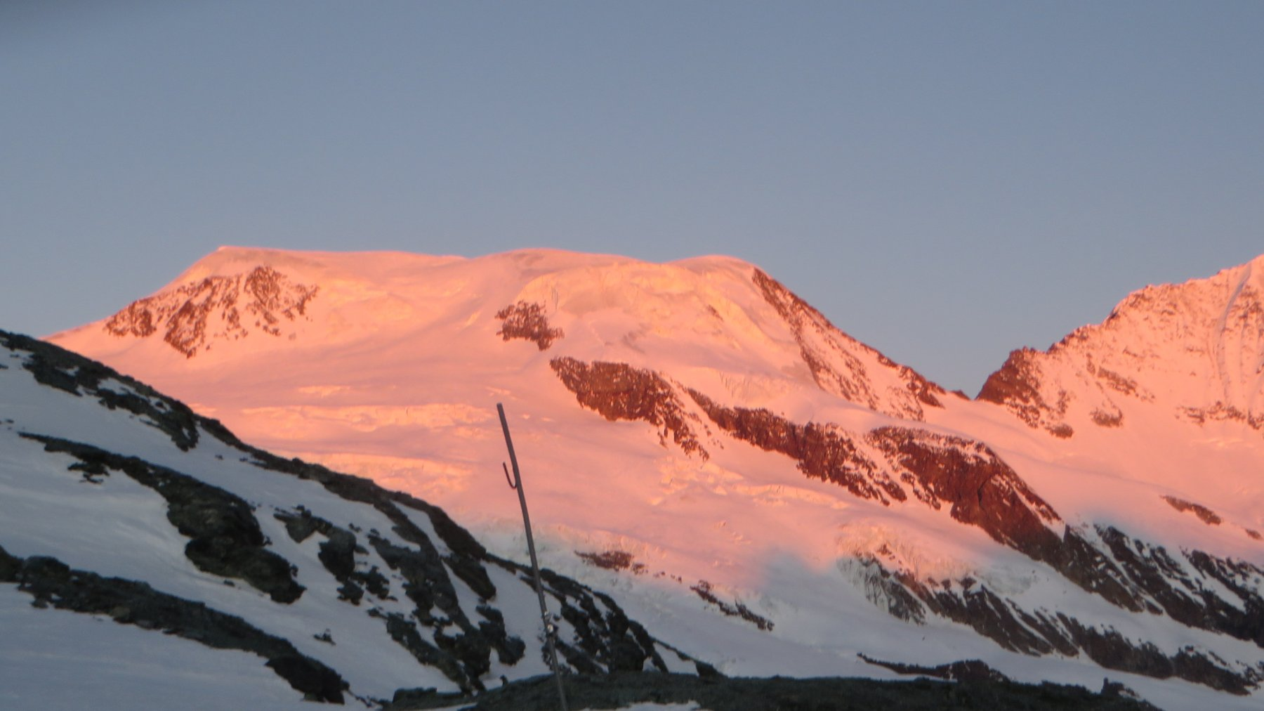 L'alba sull'Alphubel