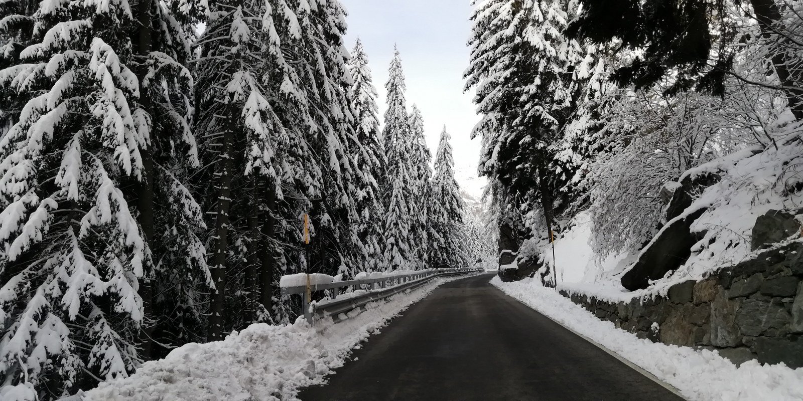 Già salendo in auto è evidente la quantità di neve caduta