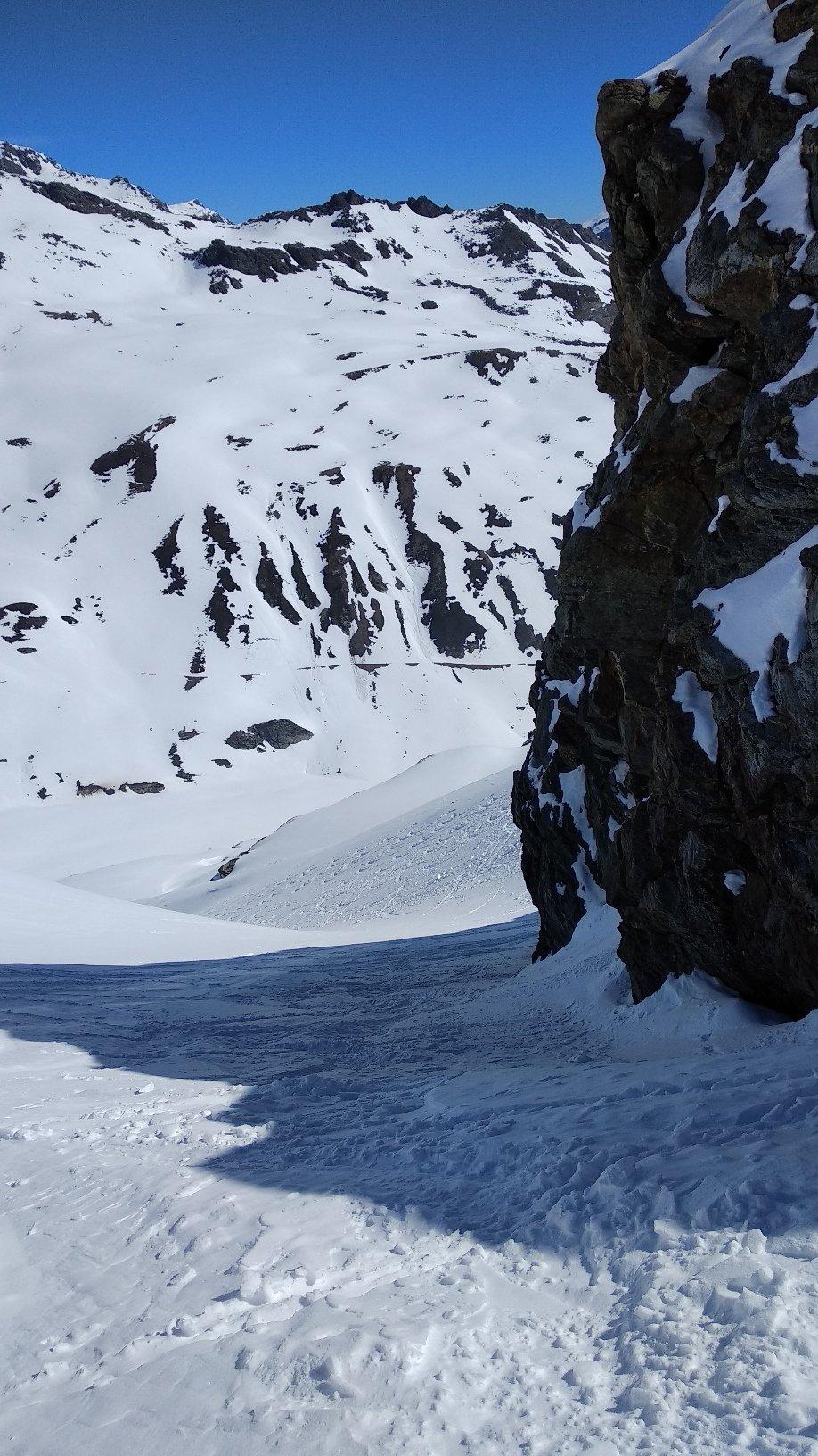 canale che da accesso al ghiacciaio
