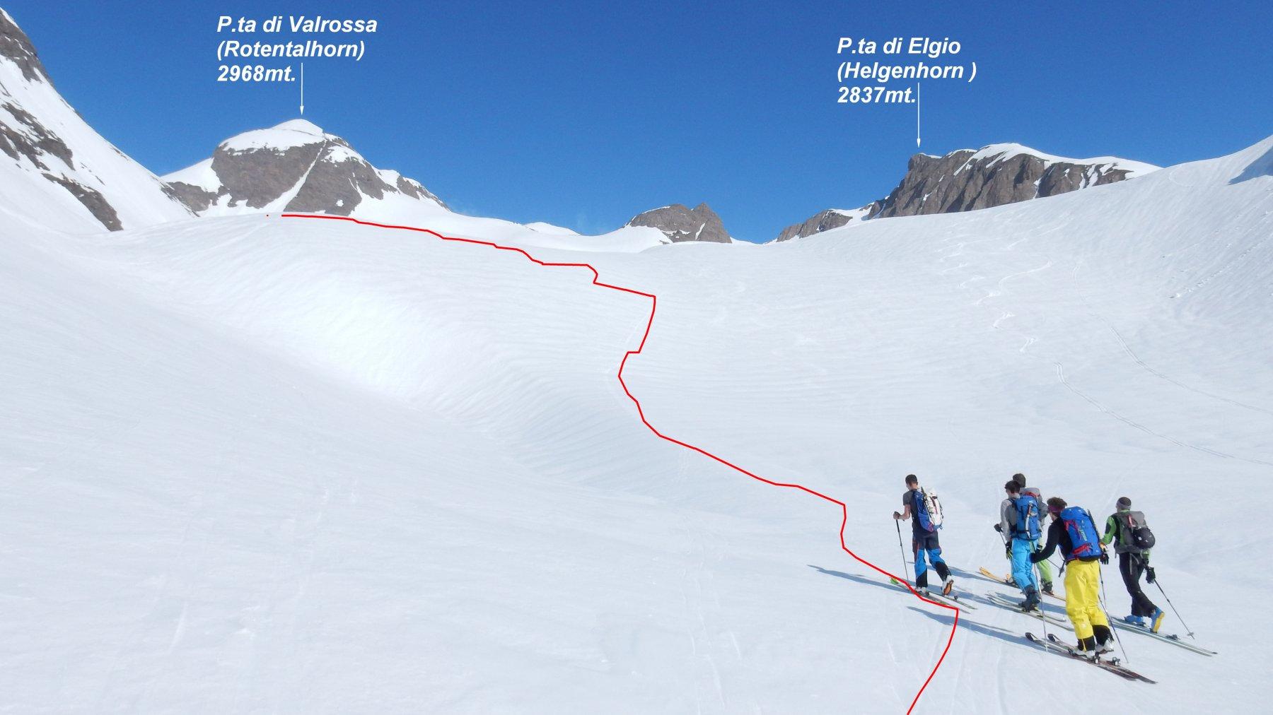 Valrossa con in rosso la traccia di salita verso la P.ta di Valrossa.