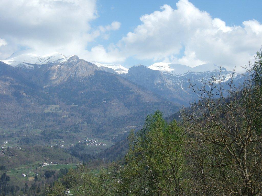 Vette Feltrine: da sx Vallazza, cresta del Pavione, Col di LUna, Passo Vette Grandi
