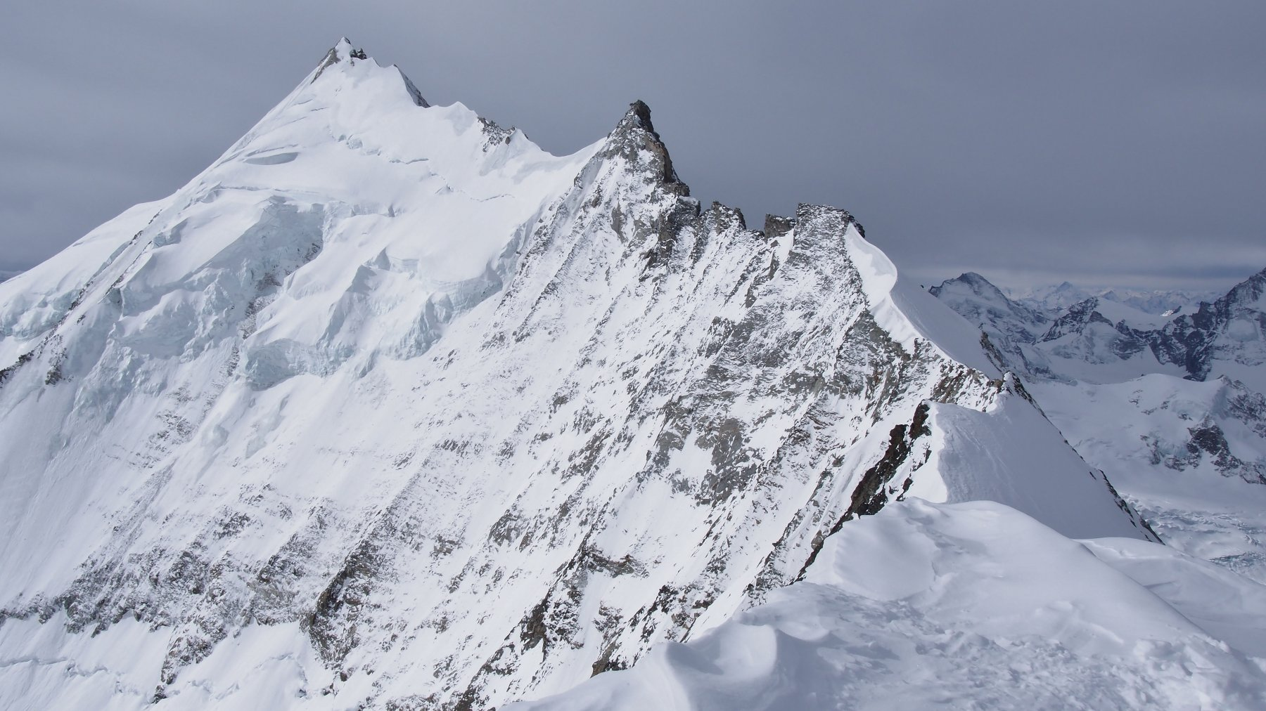 La stupenda cresta nord del Weisshorn