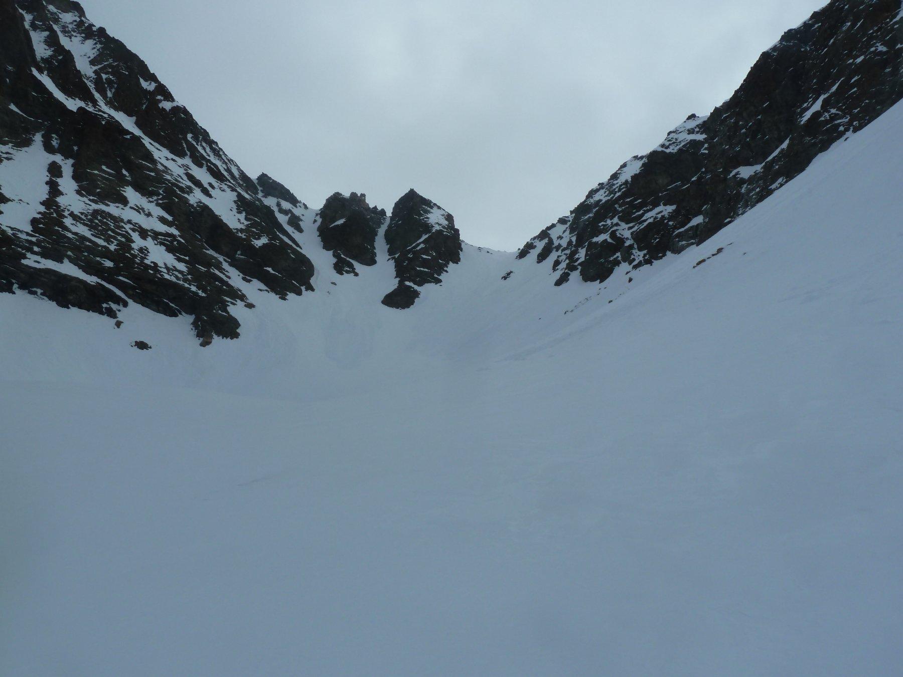 Ultimo tratto di salita verso il colle di Valcournera versante Valpelline