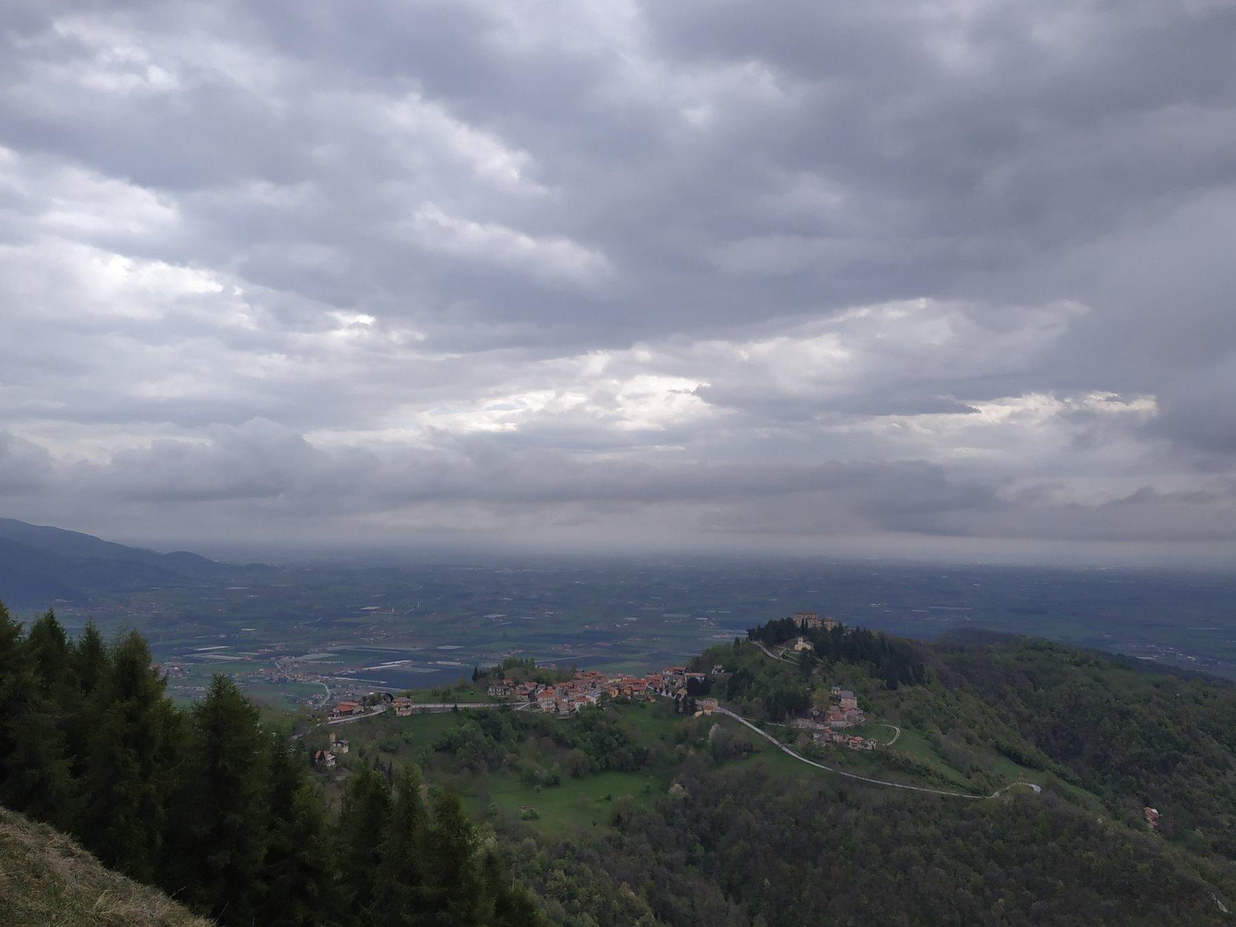 Vista verso Montemale.
