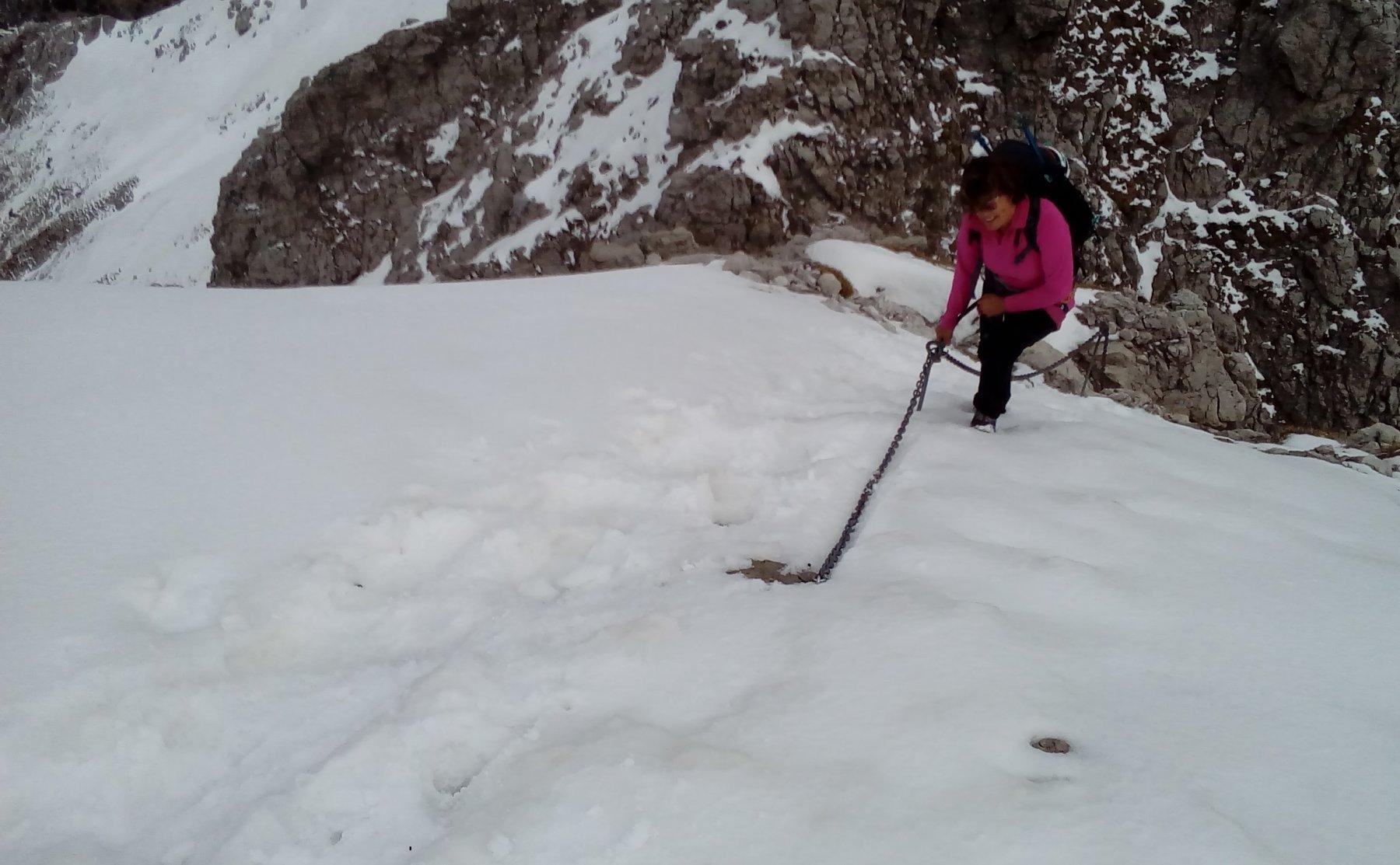 pendio intasato da neve dopo il saltino del Gatto