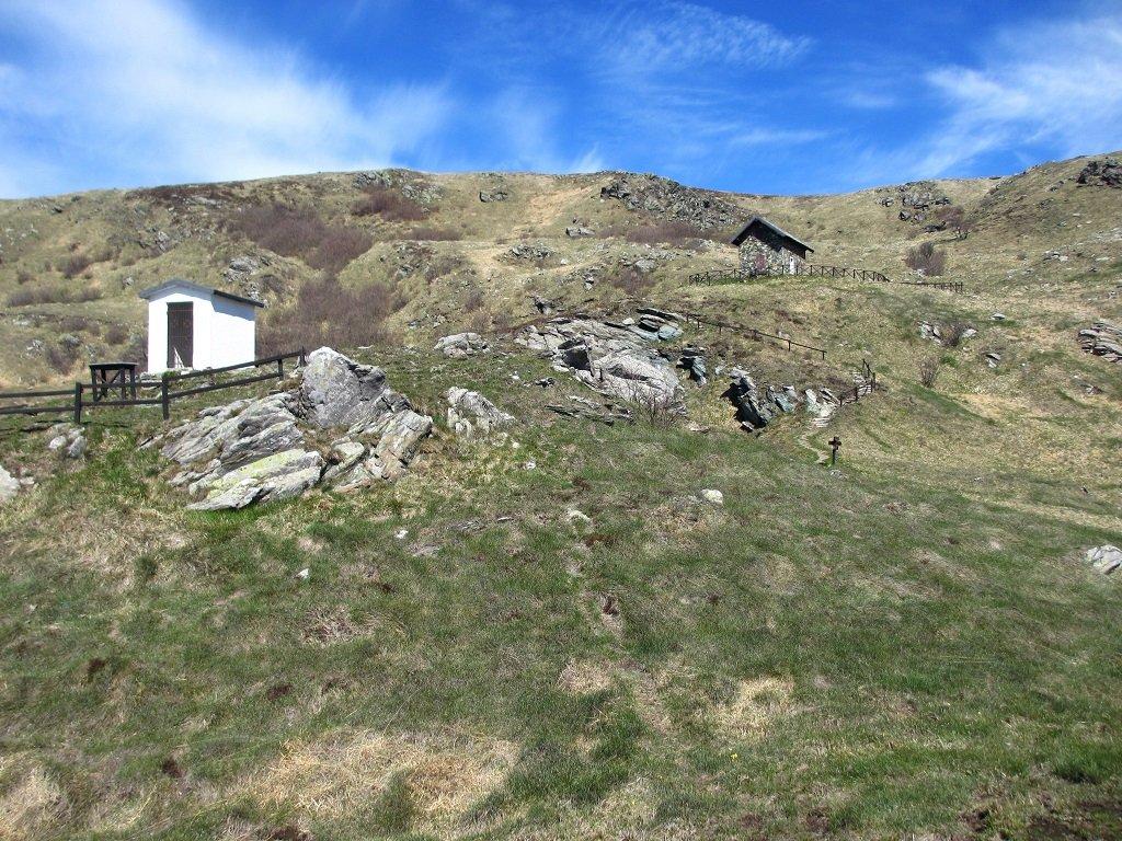 Cappelletta degli alpini e casa Miniera