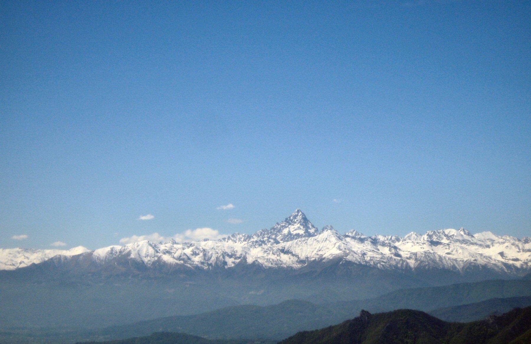 Panorama con Monviso.
