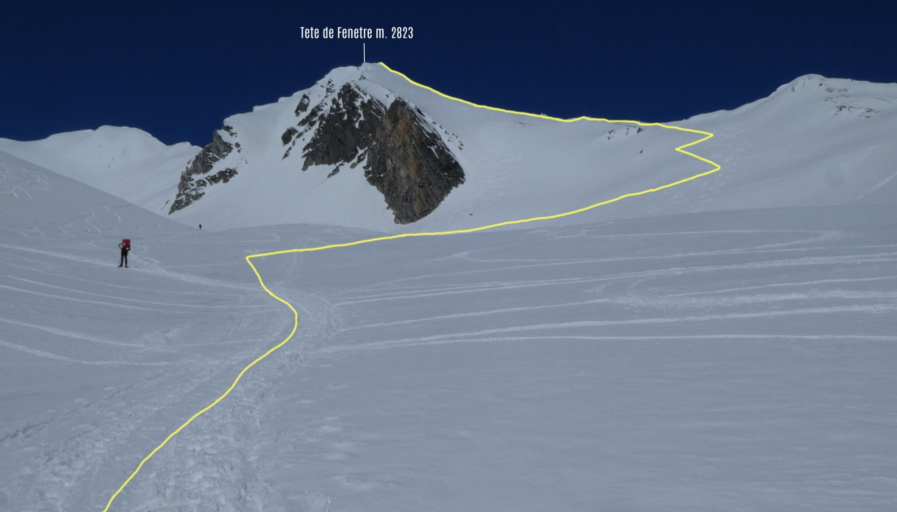 parte alta del nostro itinerario di salita visto dal pianoro di quota 2550 m
