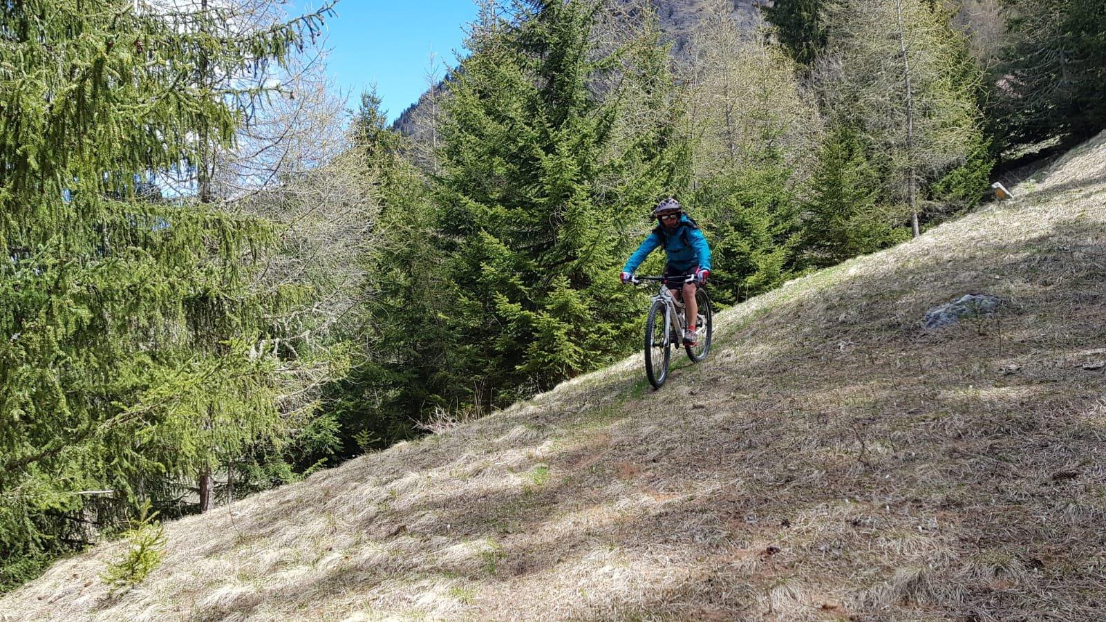 Praperiaz (Alpeggio) da Roisan, giro per Preil 2019-05-04