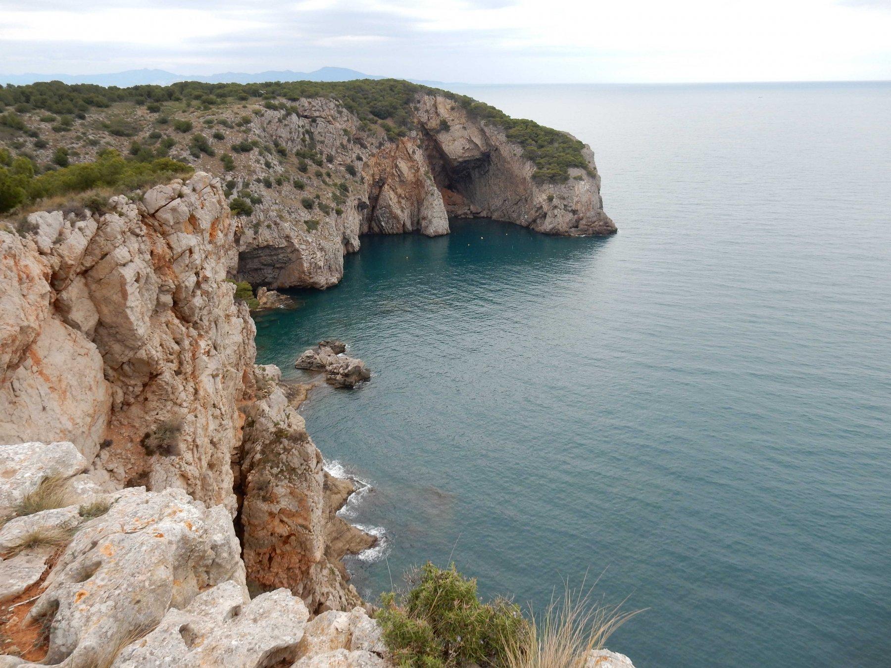Panorama  sulla costa fino a Cap d'Oltrera.