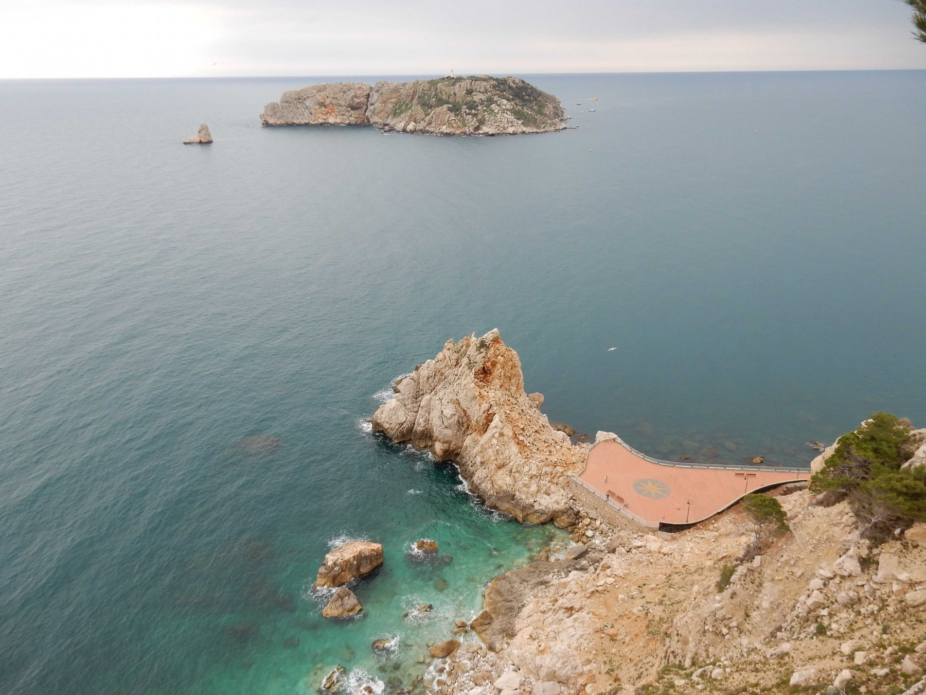 Panorama su Cap de la Barra e le Illes Medes.
