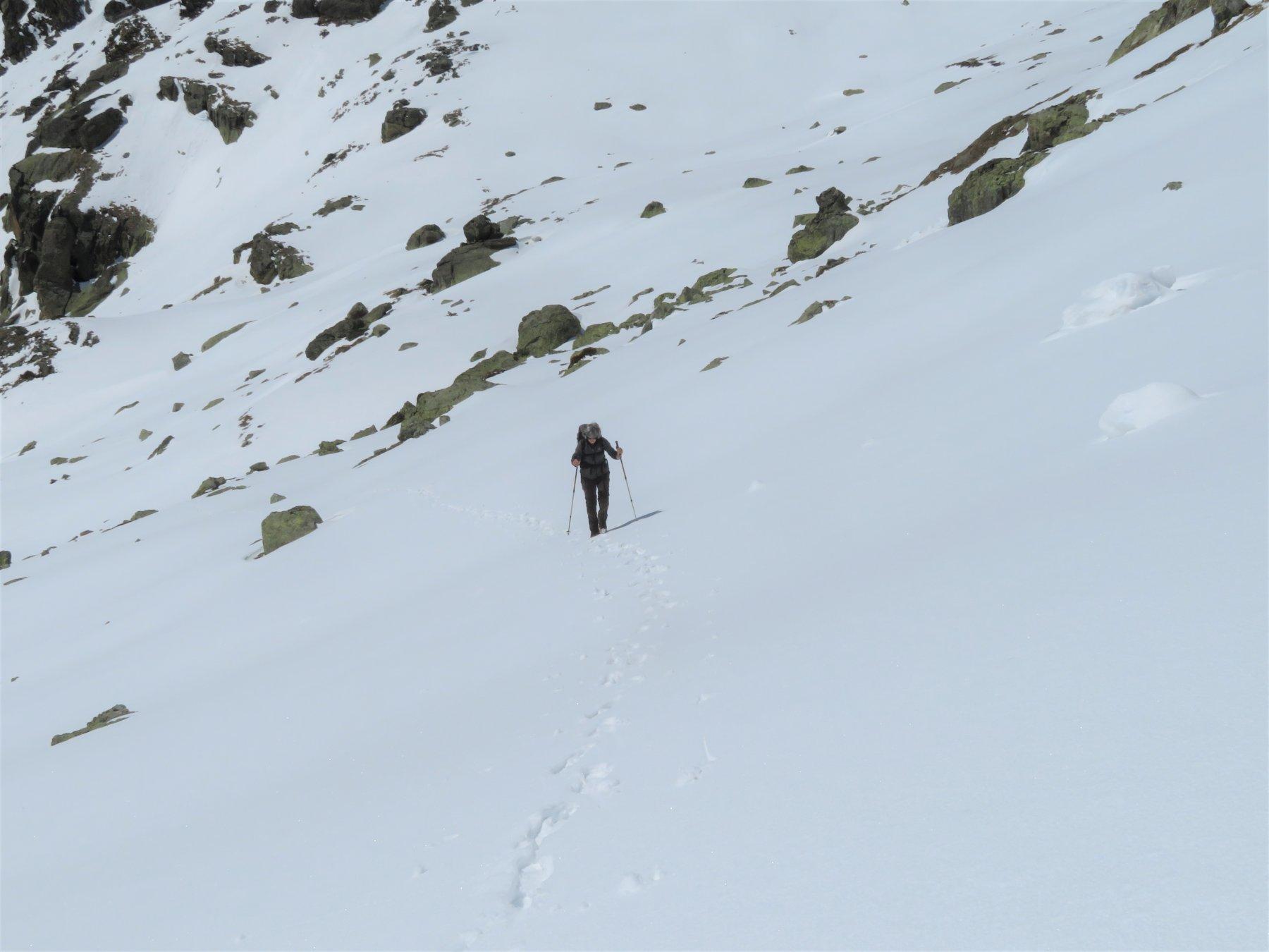 con neve buona, sotto il colle