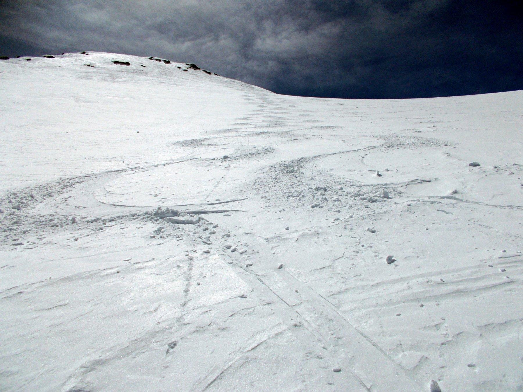 polvere di maggio sul ghiacciaio