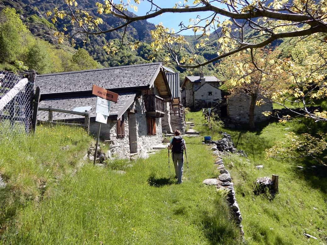 Parco Nazionale Val Grande traversata Premosello Malesco (2 giorni) 2019-05-30