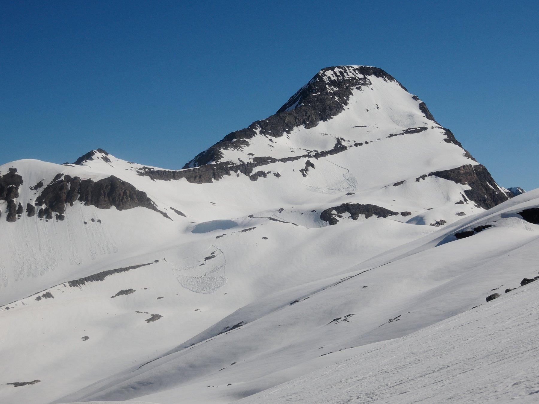 Terrarossa - Wasenhorn dall'innevamento ancora invitante