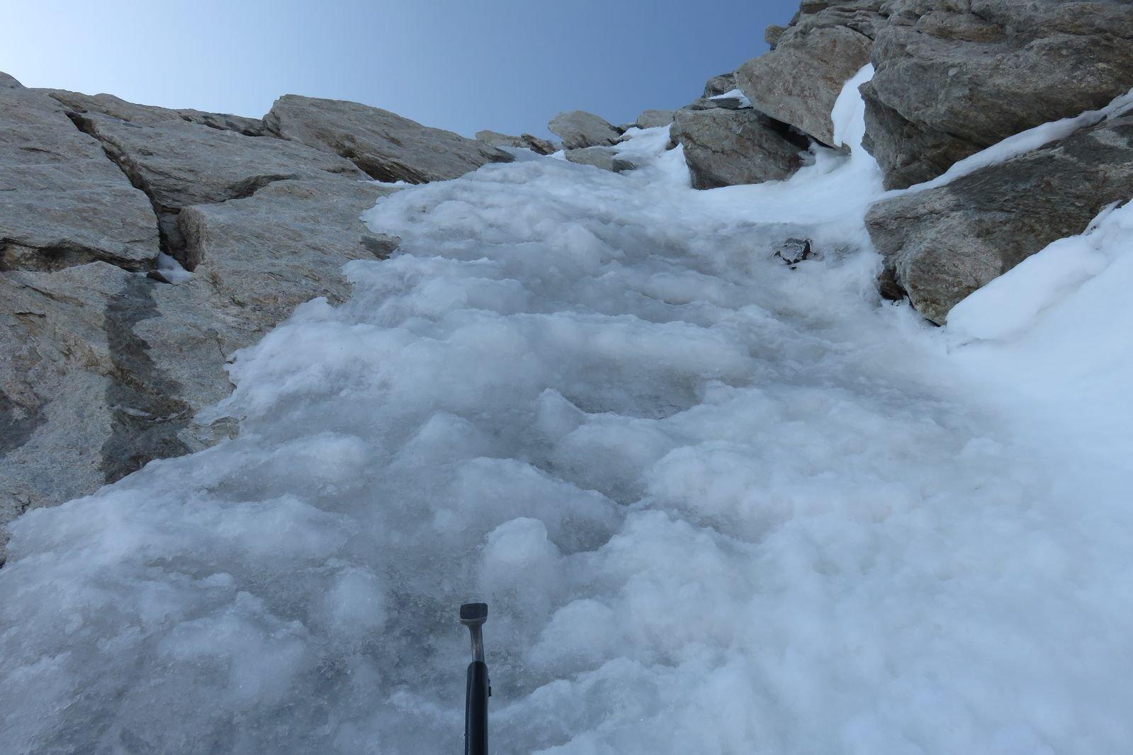 ghiaccio sulla strozzatura iniziale