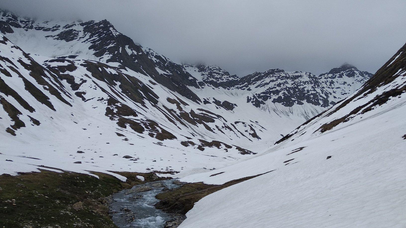 finito il traverso si mettono gli sci