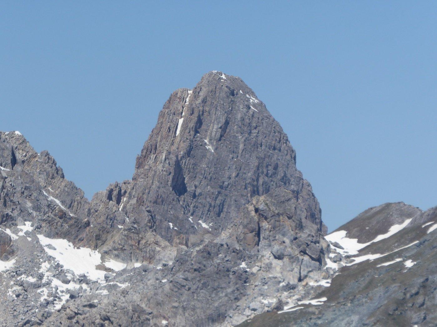 Da P.ta Parvo zoomata su Rocca La Meja.
