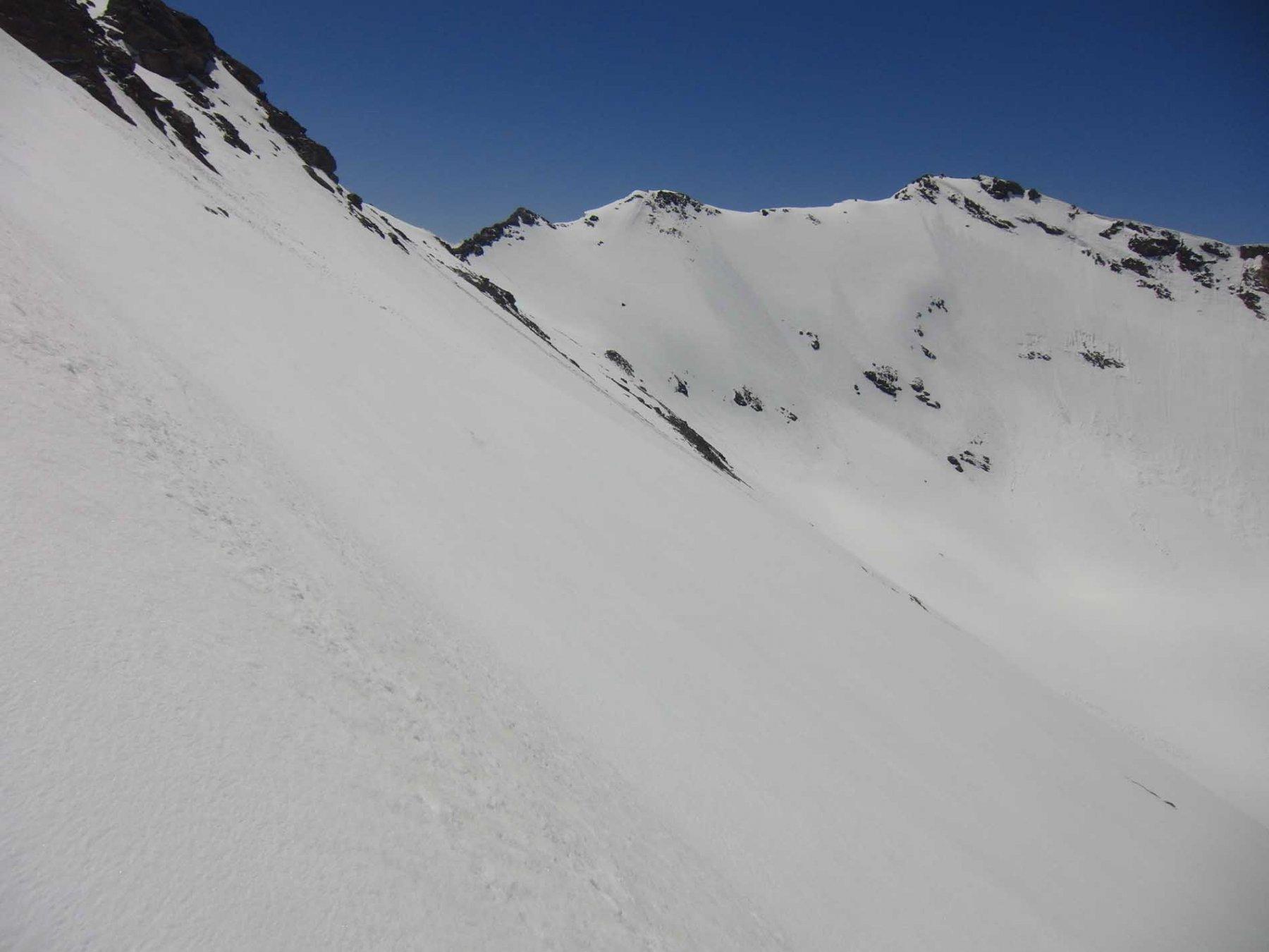 Al centro Col Calabourdane e cresta Arselle
