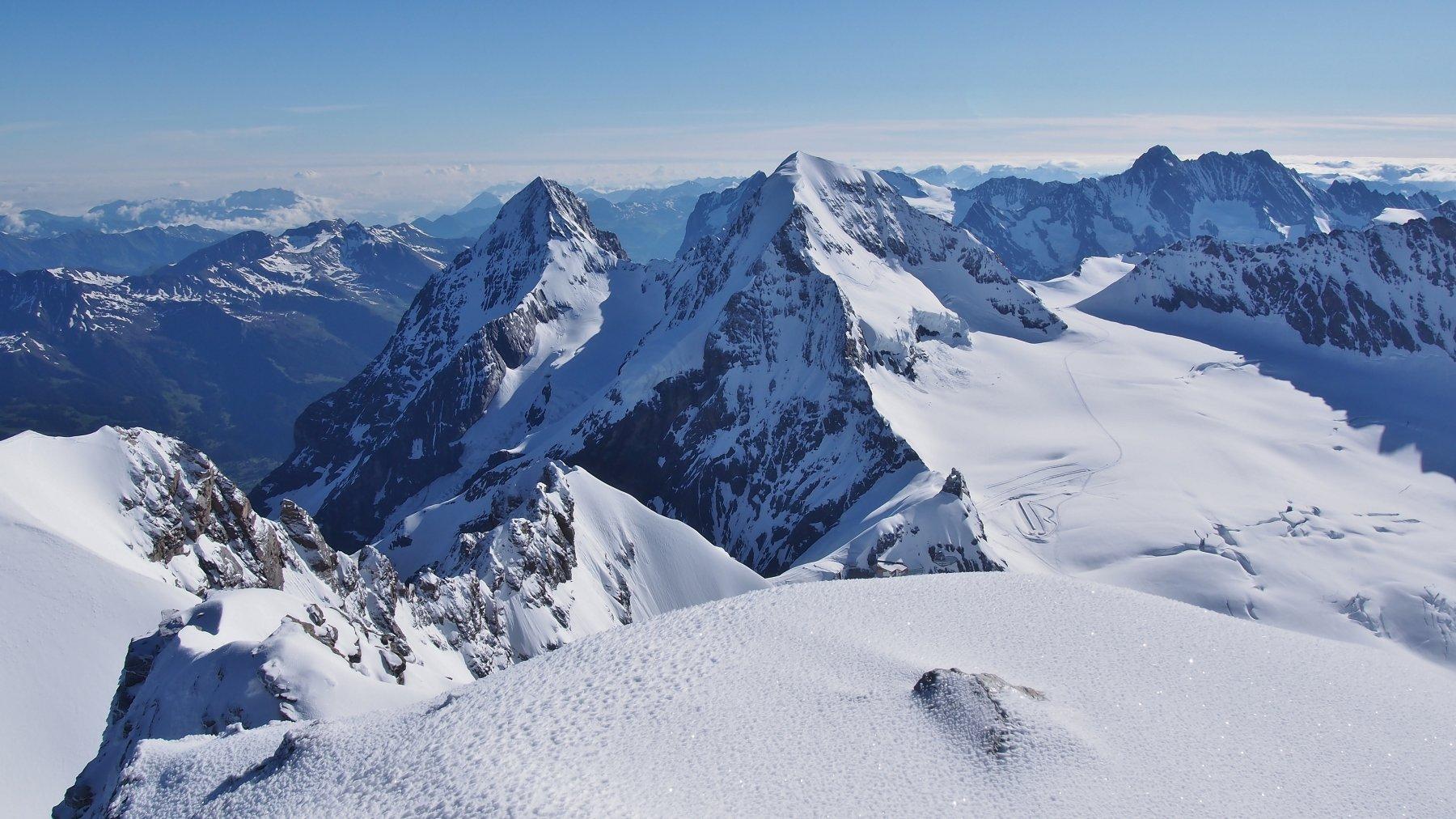 Jungfrau da Monchsjochhutte 2019-06-23