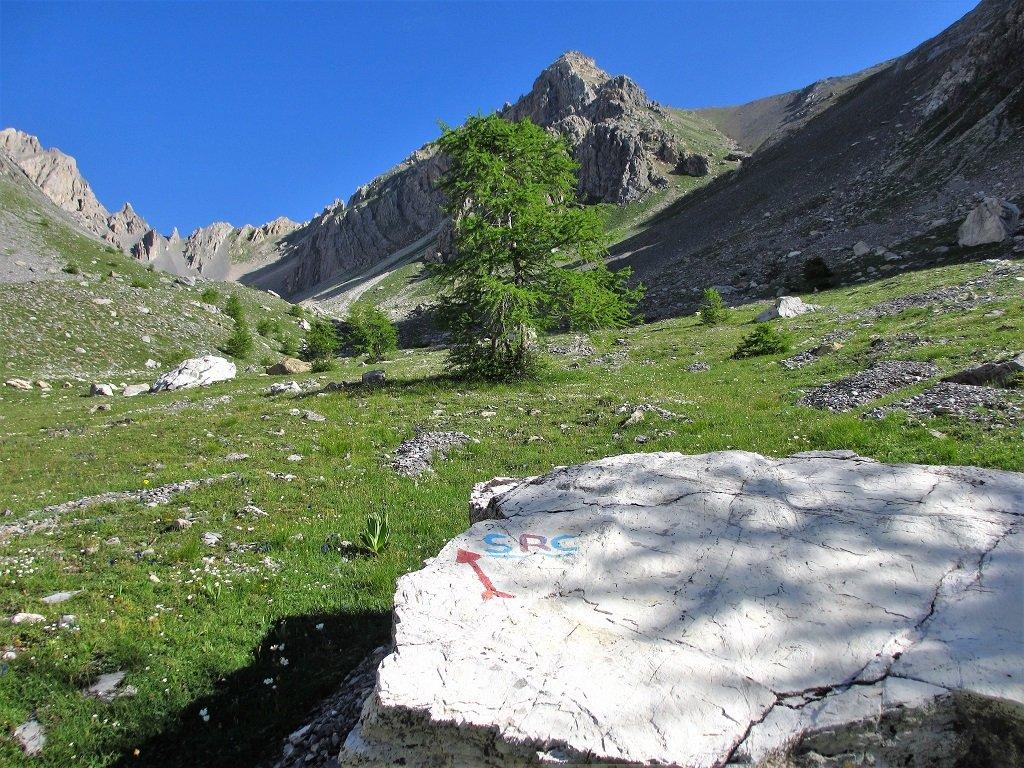 IL vallone Vallonetto, in alto a dx il Freid