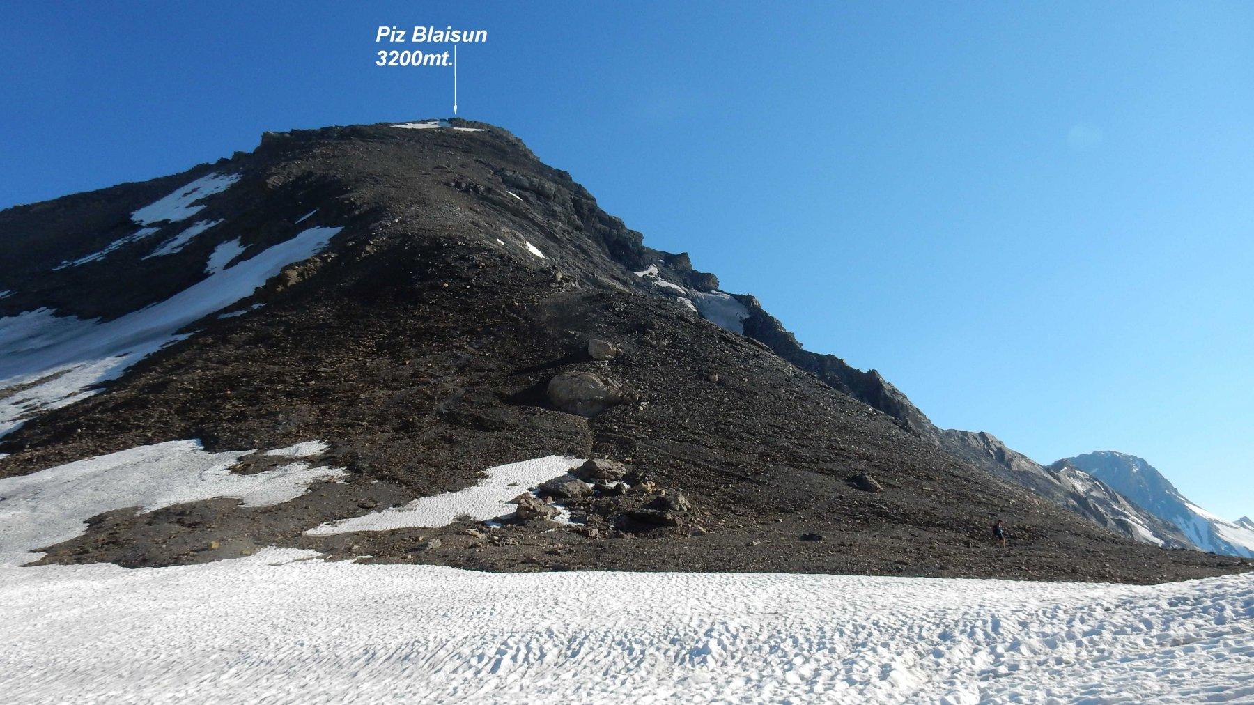 Vista dalla Fuorcla Pischa del ripido ma semplice tratto sceso, dalla cima del Piz Blaisun.