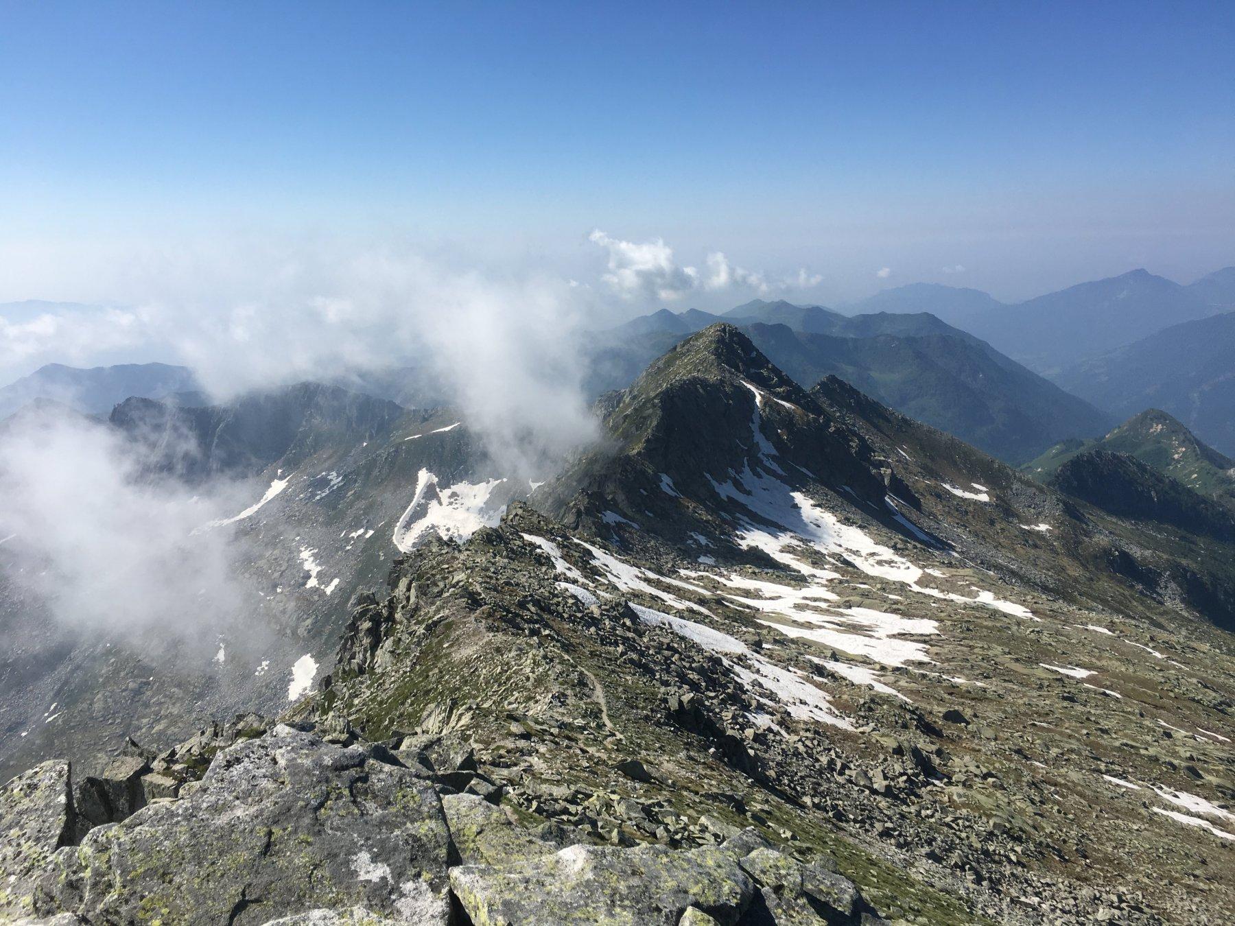 Boia (Monte) e Monte Bruffione da Gaver 2019-06-30