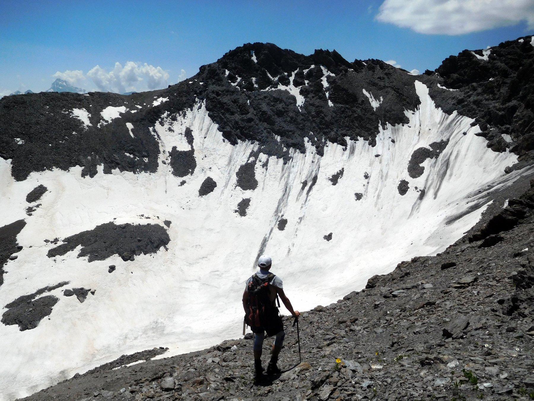 Alberto punta la valletta dell'ex ghiacciaio