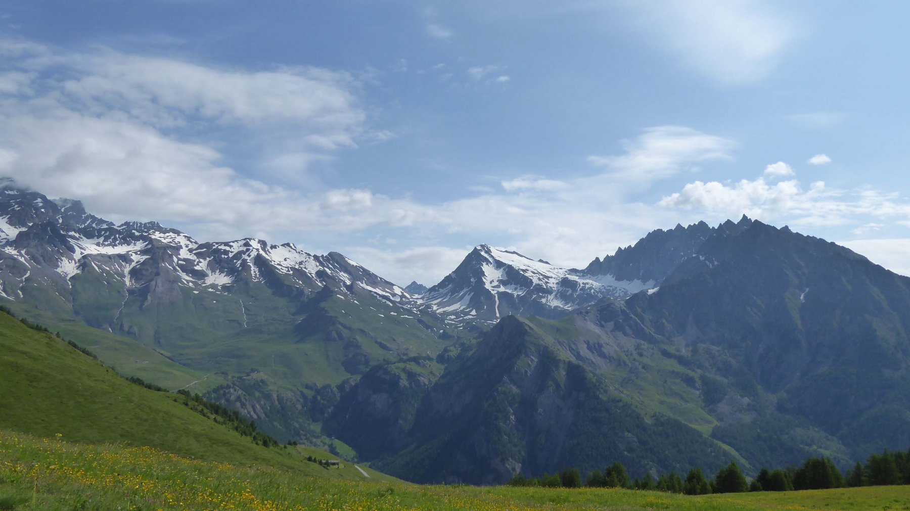 Mont Gelè 3518 m. Fenetr Durand 2797 m.