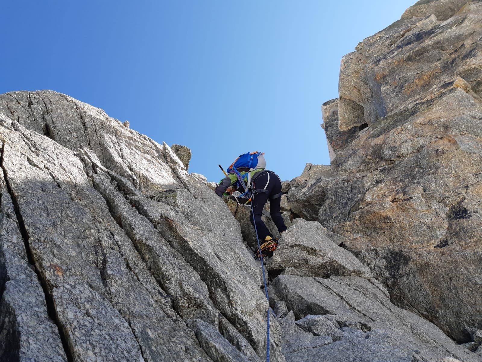 Canale roccioso per la cima