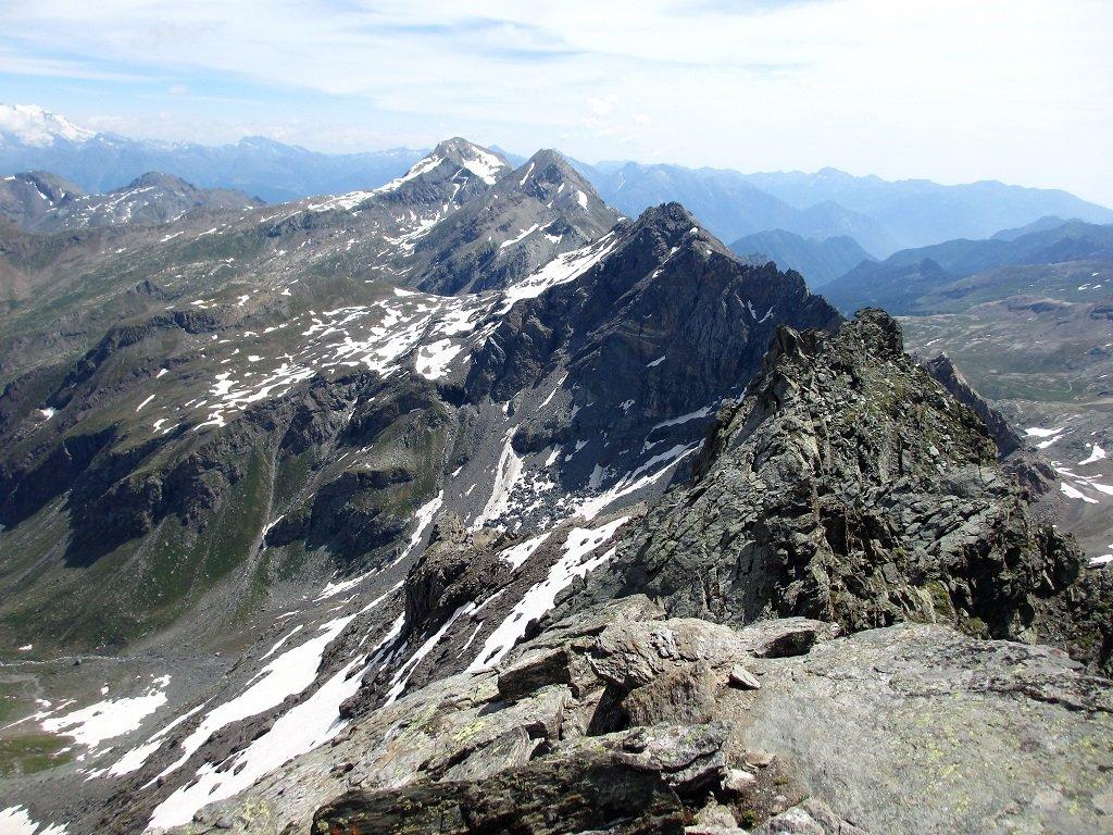 Partendo dal fondo Glacier,Delà,Mussaillon,e tratto terminale della cresta s/e