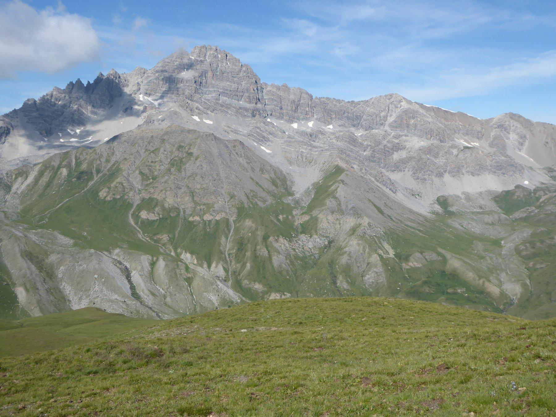 Pic de Rochebrune e a destra Pointe de l'Escalinade e, ancora più a destra, Turge de la Suffie