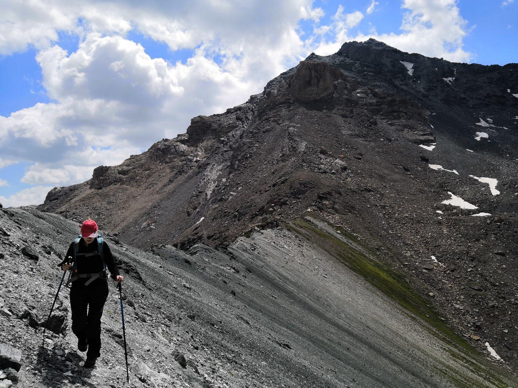Facile camminata in cresta tra il passo sud e il nord