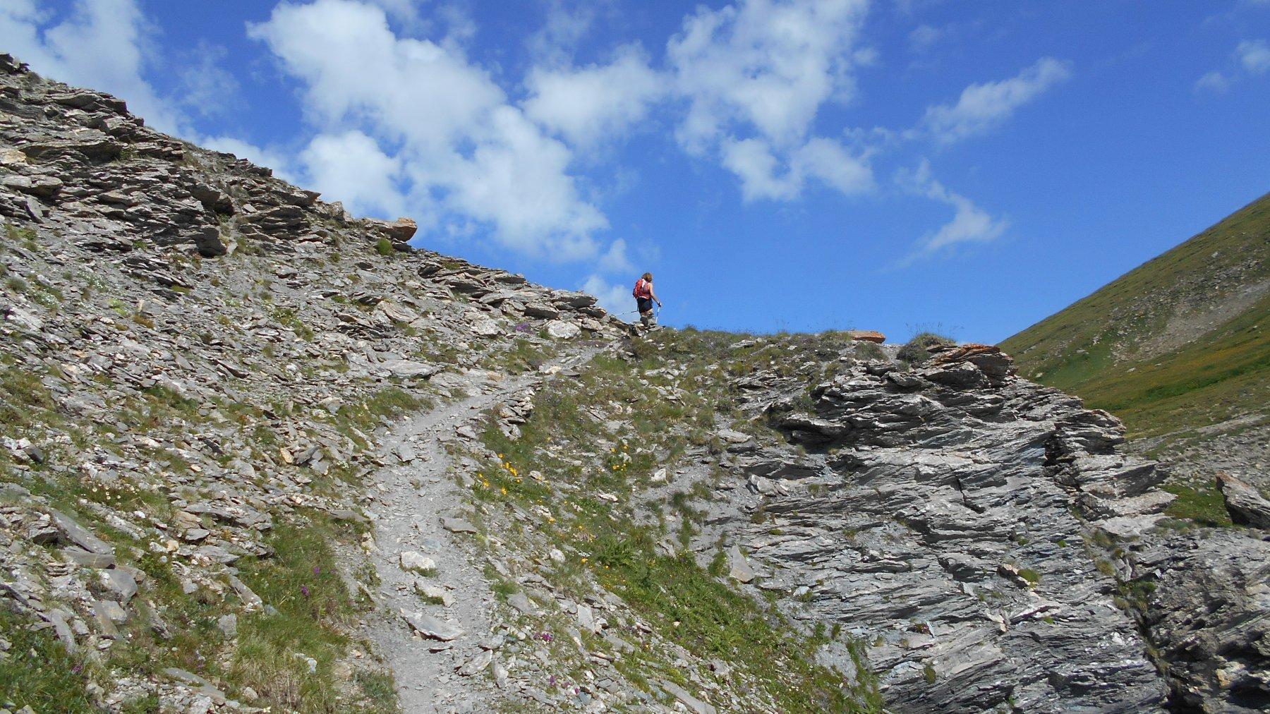 l'uscita al colle dal ripido versante italiano