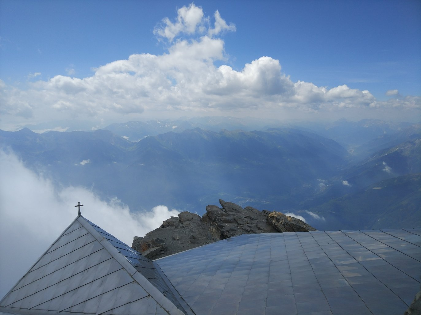 Panorama dalla vetta verso la val di Susa
