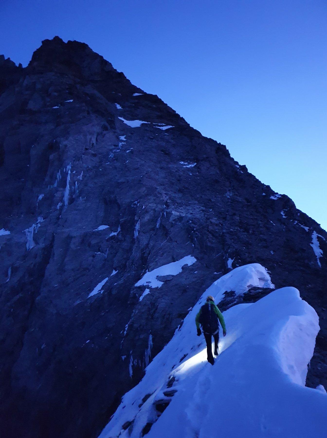 Il breve tratto nevoso prima della vetta del Täschhorn