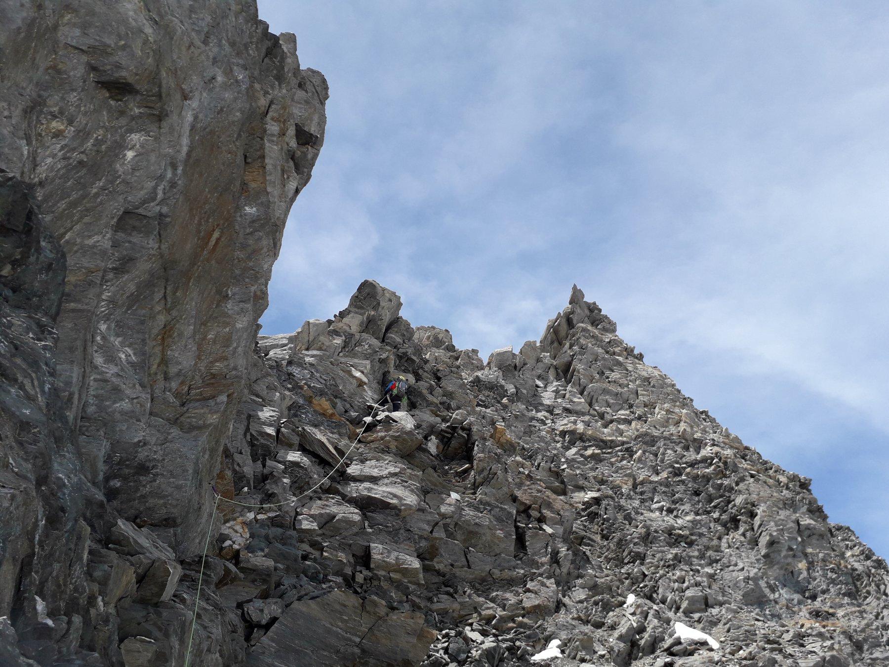 Parte alta, la roccia migliora decisamente