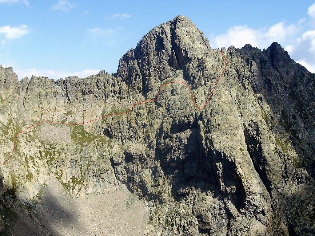La via normale alla cima Oriol, foto fatta dalla cima Chiapous nel 2012.