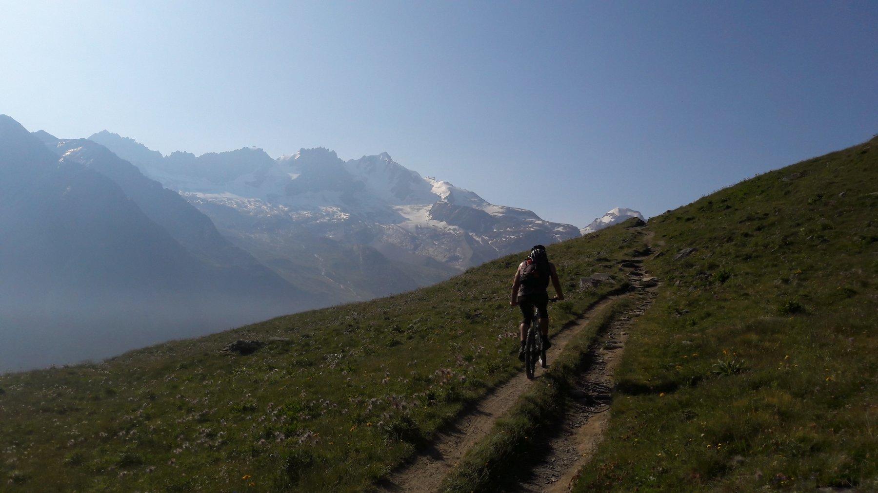 Sentiero ciclabile vista GranPa
